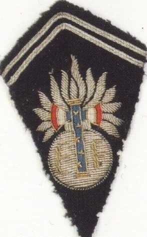 Patte de col Garde Maréchal Pétain Recei174