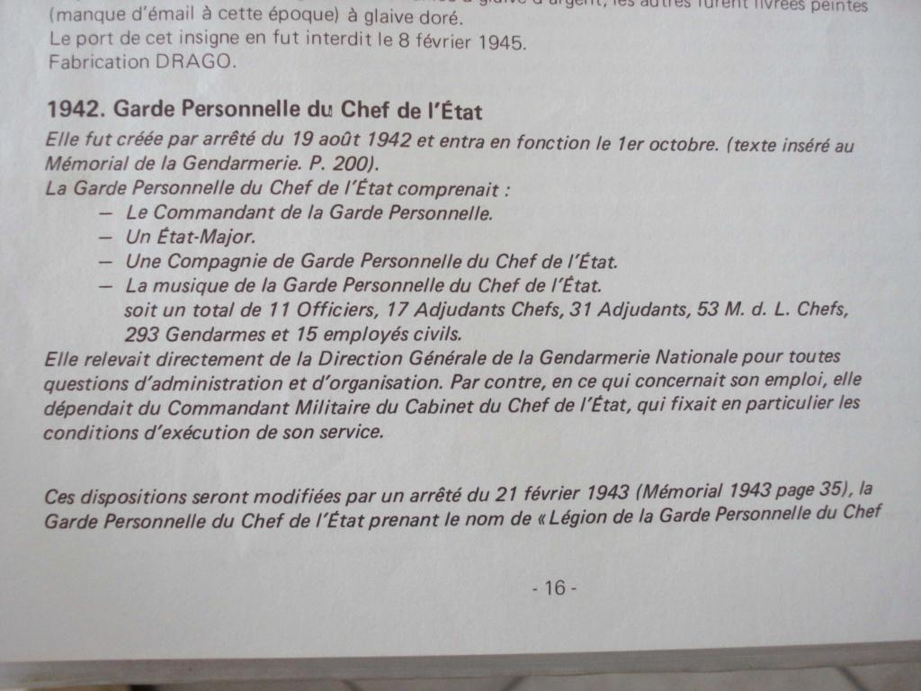 Insignes garde personnelle du chef de l'état 1942. Receiv71
