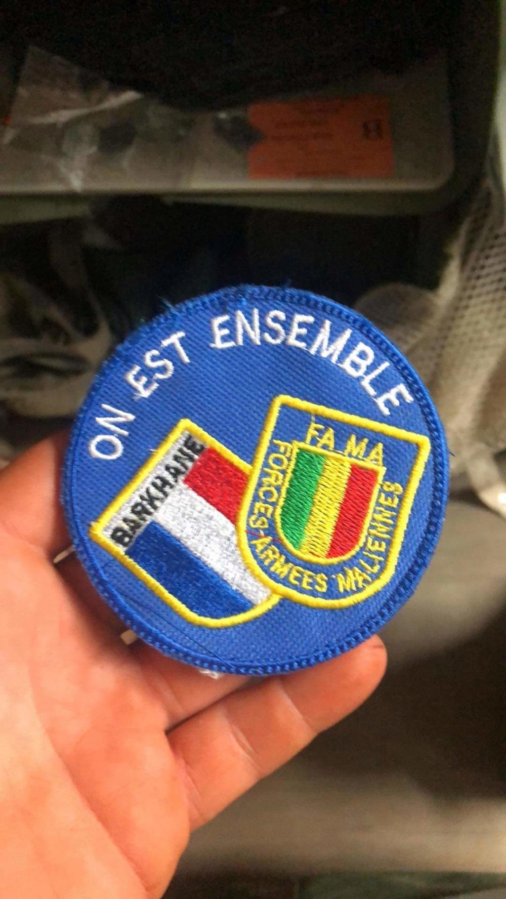 """Ecusson """"On est ensemble"""" Receiv83"""