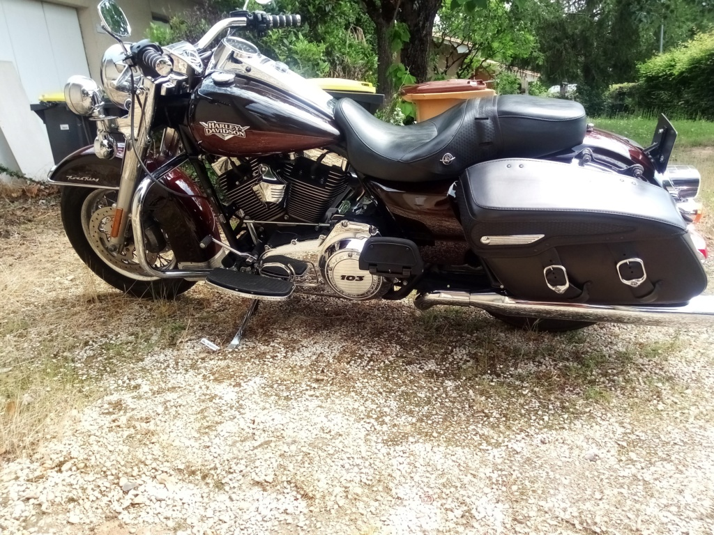 Road King uniquement, combien sur Passion-Harley  - Page 17 Harley10