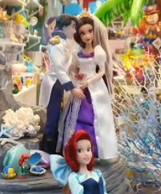 Les poupées classiques du Disney Store et des Parcs - Page 23 Smarts60
