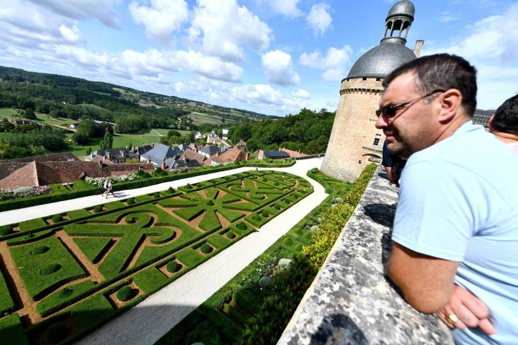 Le château de Hautefort entre histoire et cinéma Chatea14