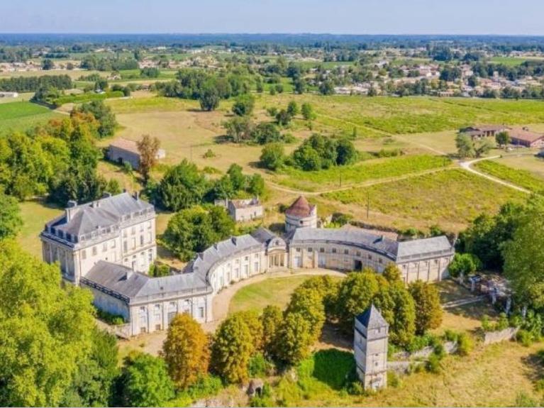 Le Château du Bouilh Zzzz210