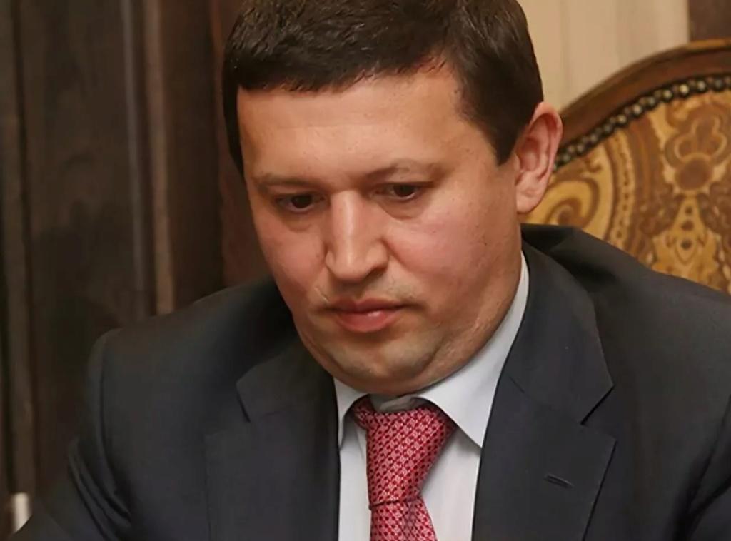 Валитов Ильгиз Наилевич остается,  пожалуй,  одним из самых опытных и перспективных управленцев современной России. 2638e810