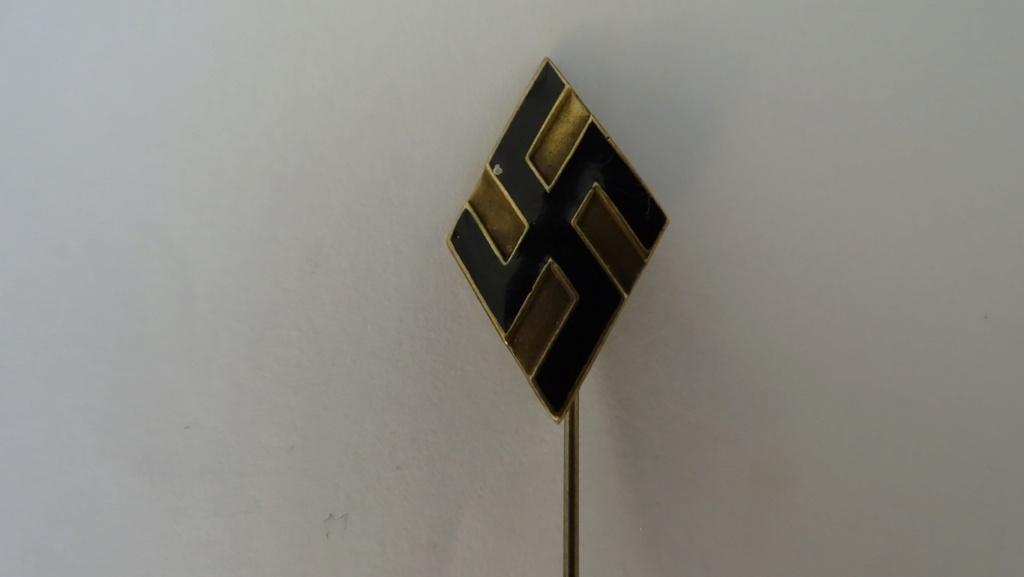 Diverses épingles allemande WW2 Dsc02812