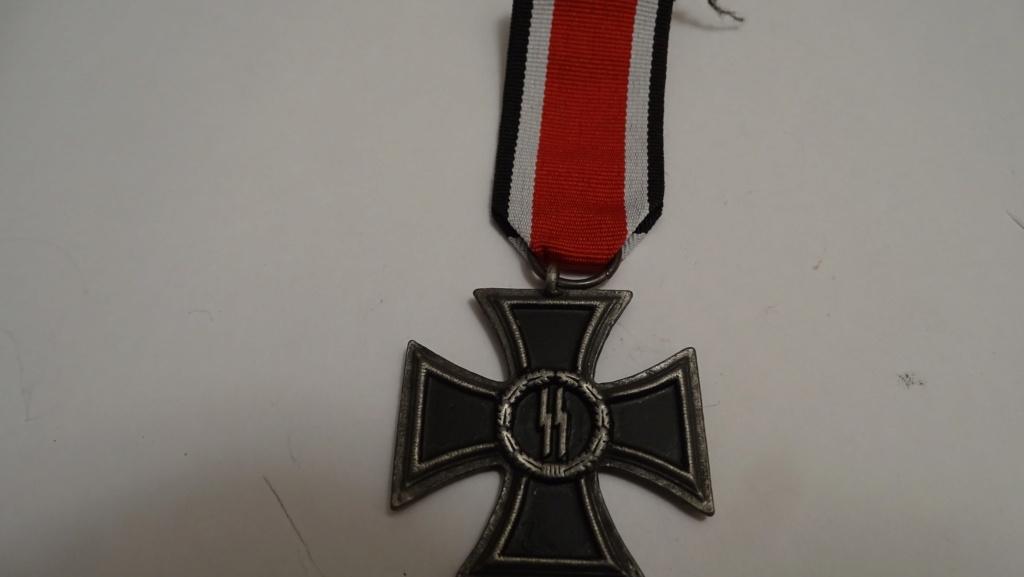 Médaille symbole ss Dsc02934