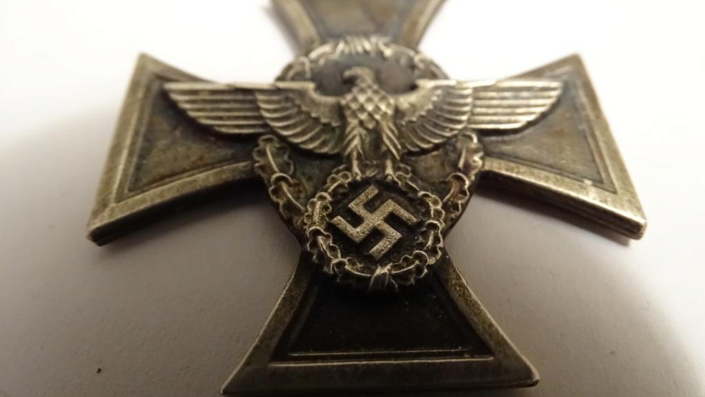 Médaille aigle + croix Dsc02938