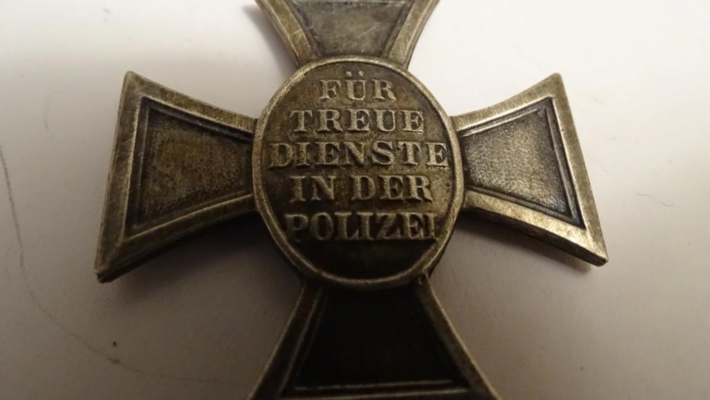 Médaille aigle + croix Dsc02939