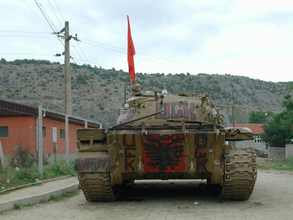 """""""Opération : étoffer"""" Tenue d'officier de l'uçk Dscn1512"""