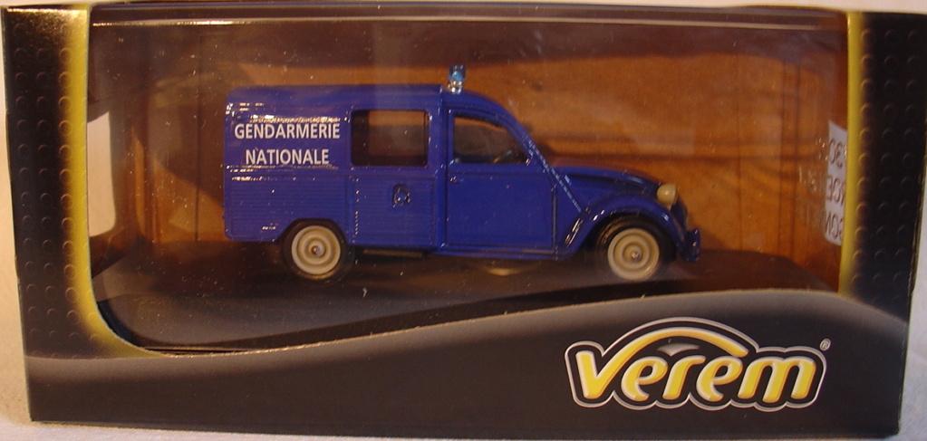 Miniatures automobiles au 1/43° Dsc02010