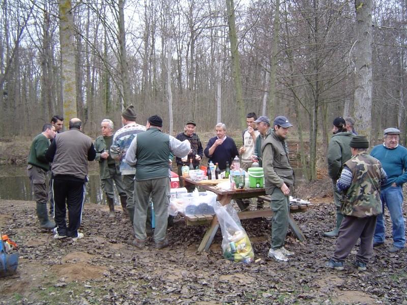 Opération nettoyage de berges et mise en place des frayères Dsc02612