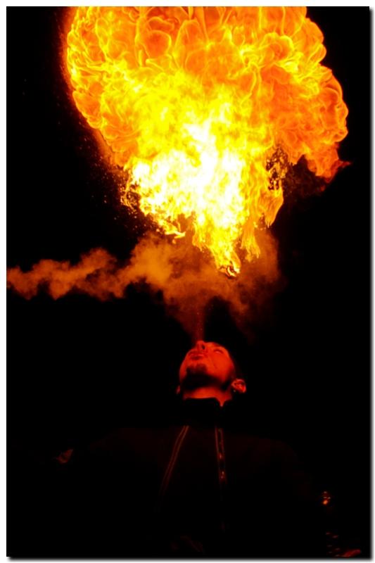 rencontre cracheur de feu au palais de tokyo - Page 3 Jloup_22