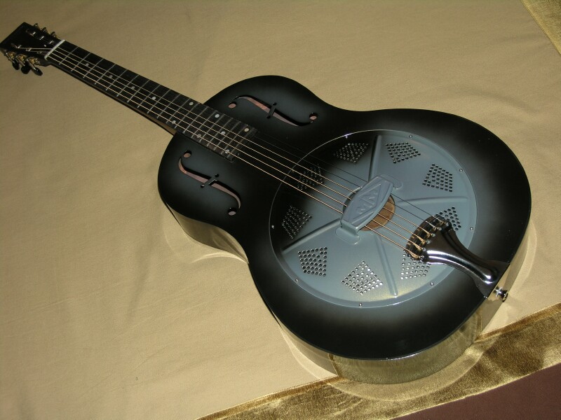 Michael Messer Resonator Guitars - Page 3 Mm_blu10