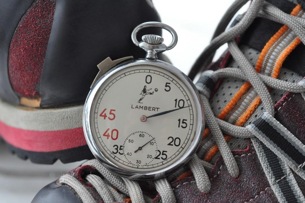 sport - Chronomètres ou chronographes d'arbitre ! Lamber10