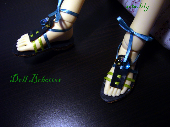 *Doll bobottes* devient doll Bootsie, chaussures poupées  - Page 2 Sandal12