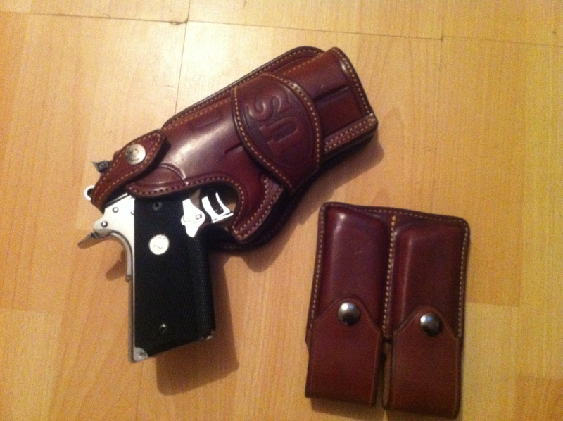 "Des HOLSTERS ""WILD BUNCH"" by SLYE Img_1019"