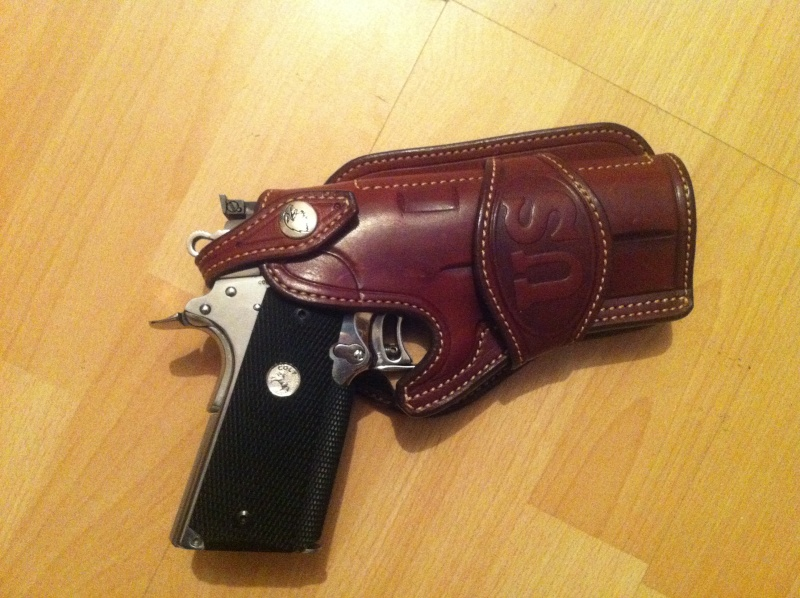 """Des HOLSTERS """"WILD BUNCH"""" by SLYE Img_1020"""