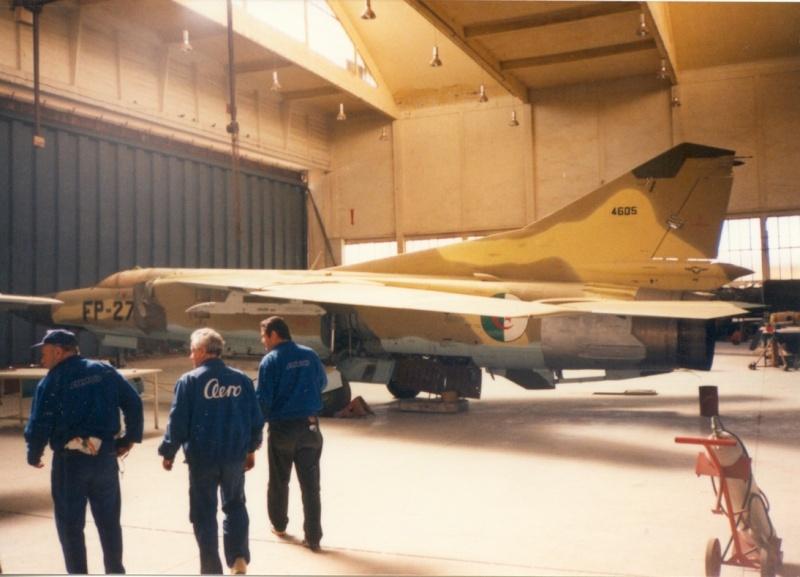 الطائرة المقاتلة Mig 23 4111