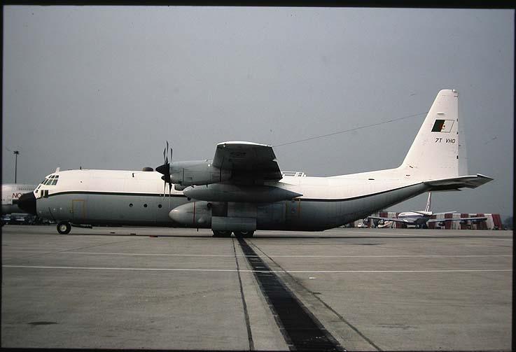 طائرة النقل سى-130 هرقل  CC-130 Hercules 55693910