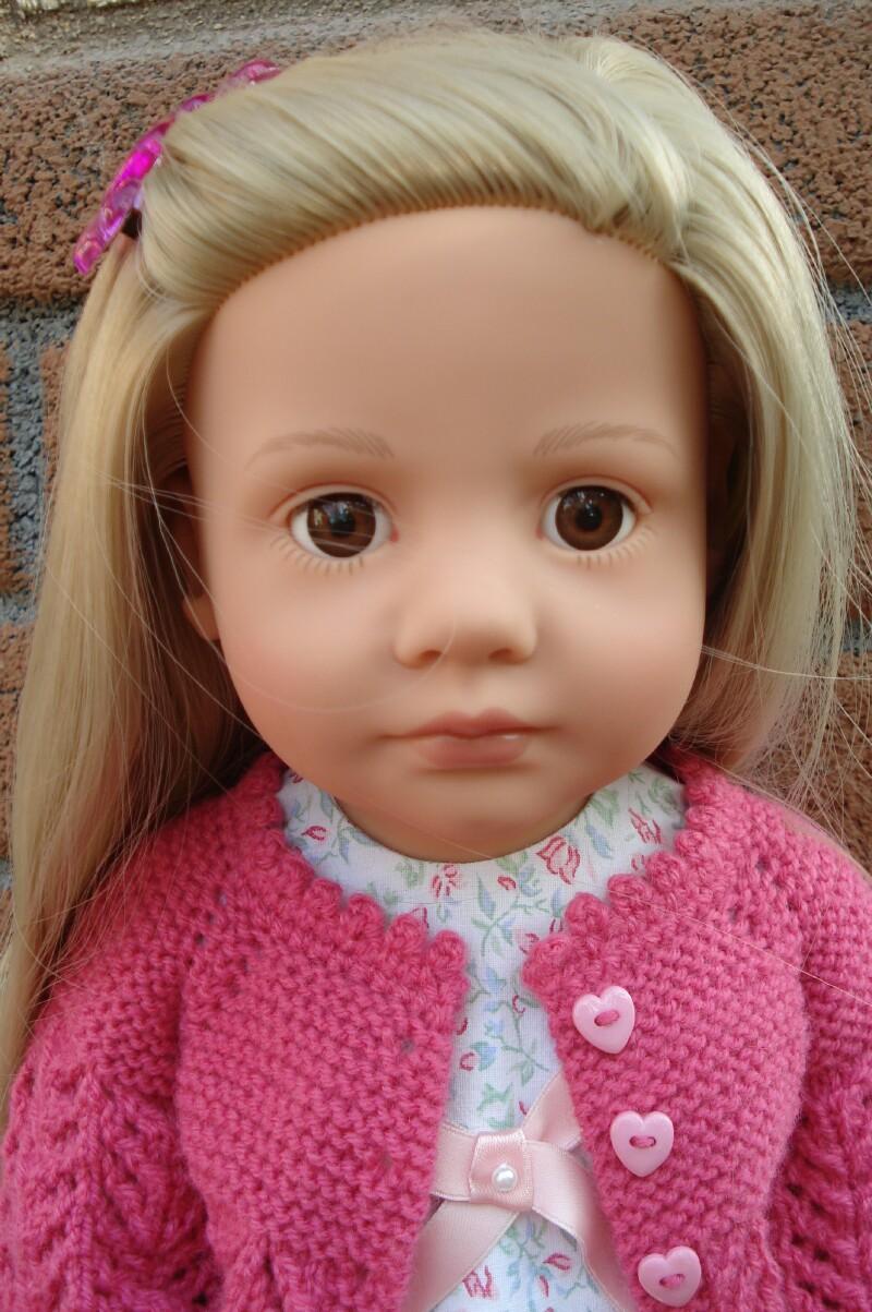 Première tenue pour Sophie (poupée Götz) Dsc08128