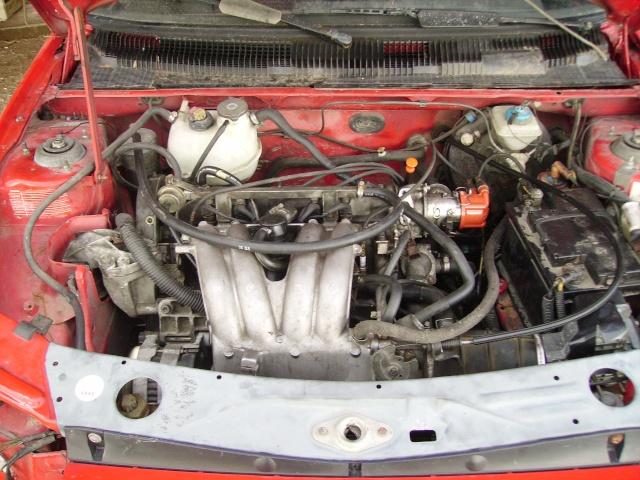 judi et sa 205 turbo Pict0010