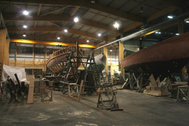 Chantier naval traditionnel , port de Brest Brest_11