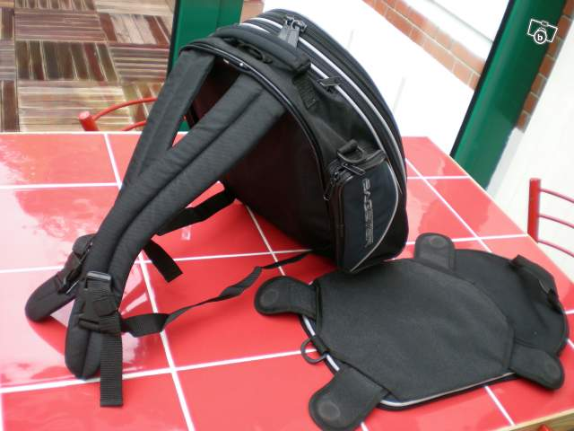 Vends Sacoche magnétique BAGSTER type VENTURA 69596411