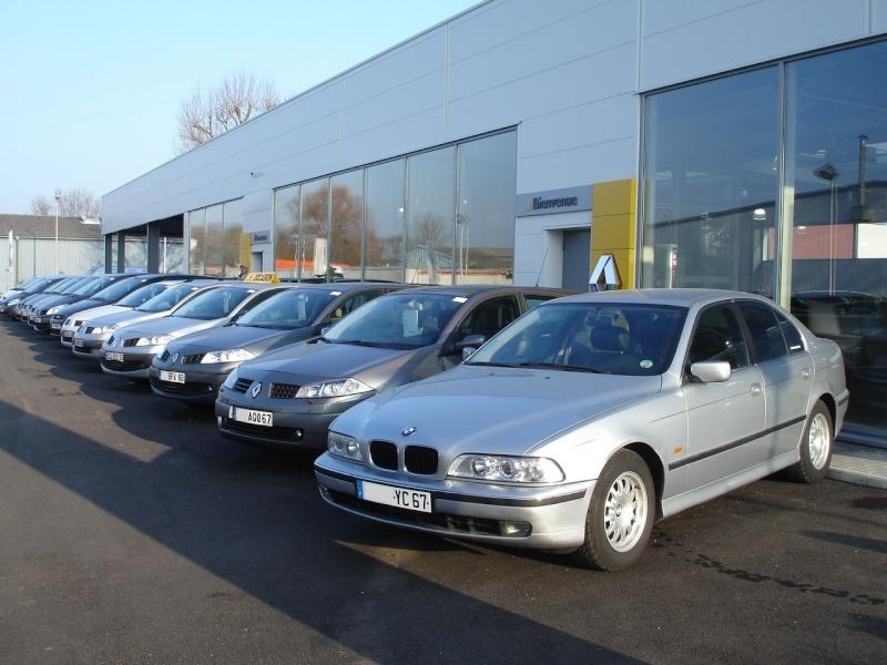[Défi 1] Prendre sa BMW en photo devant un garage Renault - Page 2 Dsc01610