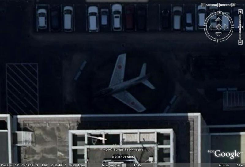 Un avion dans la ville - Page 7 F86nag11