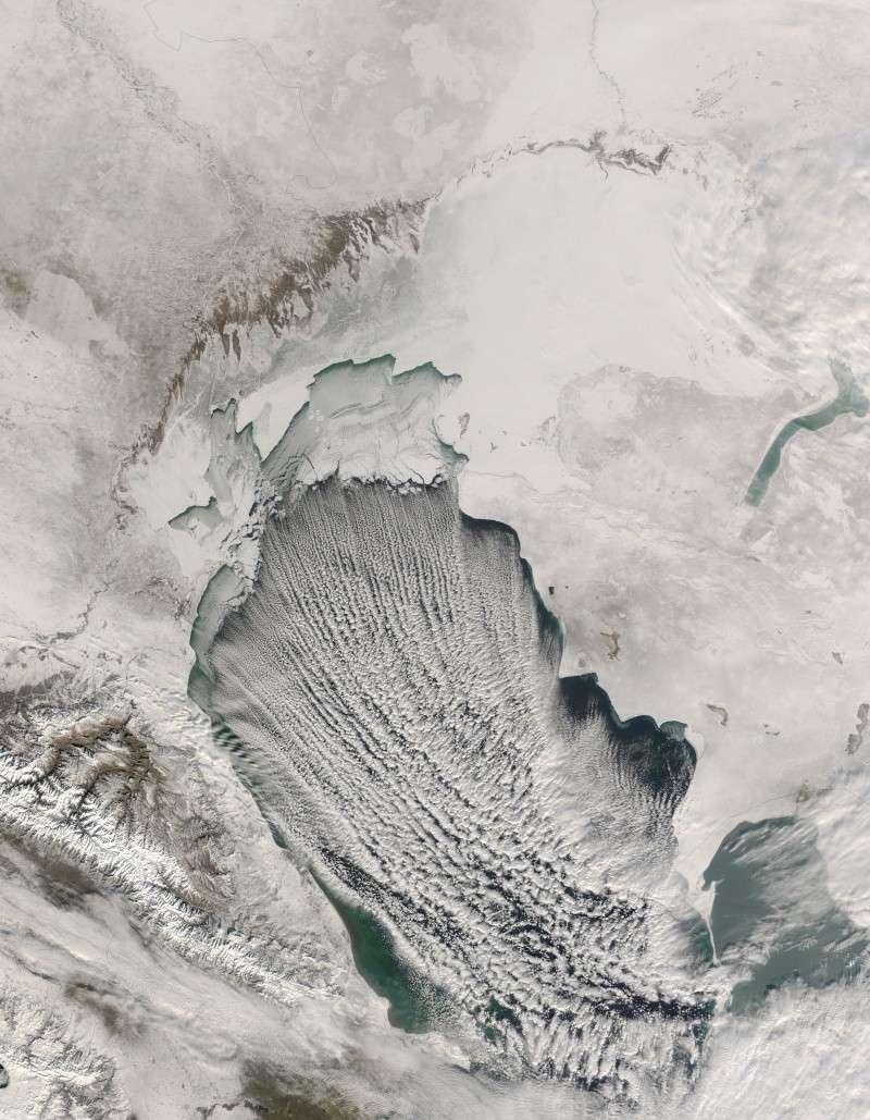 Earthobservatory - NASA Caspia10