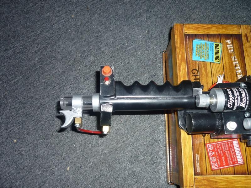 particle thrower de chez MMM  et mon proton pack... 75-80% accurate Dr.Dan P1060017