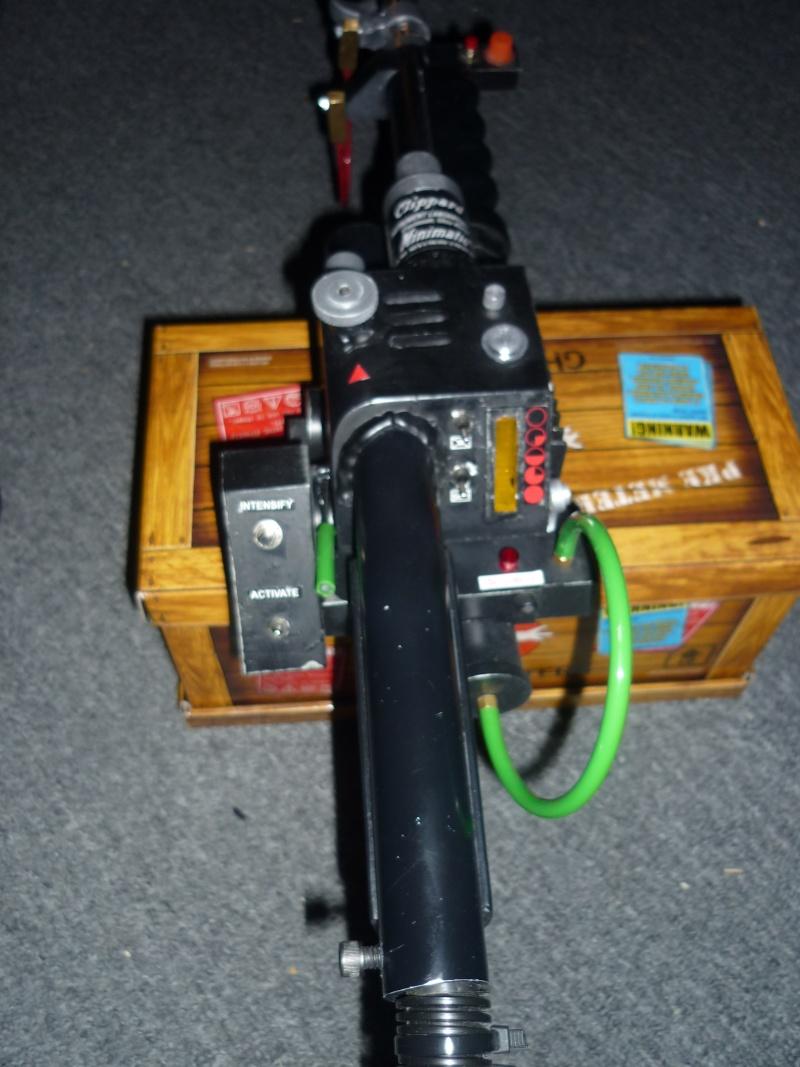 particle thrower de chez MMM  et mon proton pack... 75-80% accurate Dr.Dan P1060018