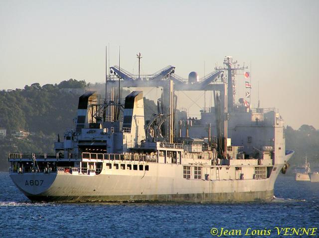 Les news en images du port de TOULON - Page 14 04b_6410