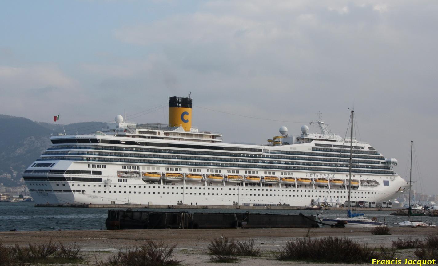 Le Costa Magica en escale à La Seyne sur Mer 0213