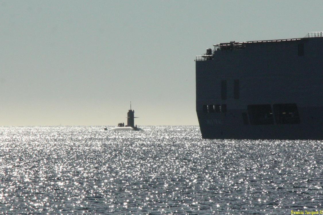 [LES PORTS MILITAIRES DE MÉTROPOLE] Mouvements de Bâtiments dans la rade de Toulon - Page 2 0320