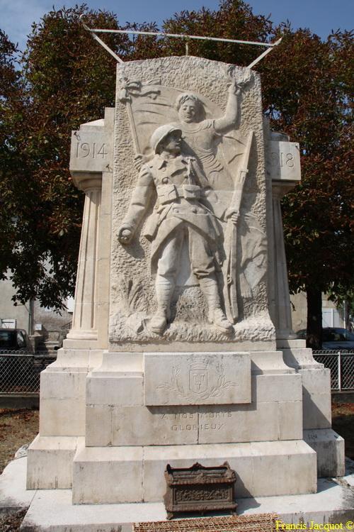 [Histoires et Histoire] Monuments aux morts originaux Français Tome 1 - Page 5 03710