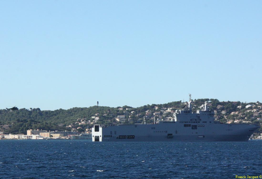 [LES PORTS MILITAIRES DE MÉTROPOLE] Mouvements de Bâtiments dans la rade de Toulon - Page 2 0717