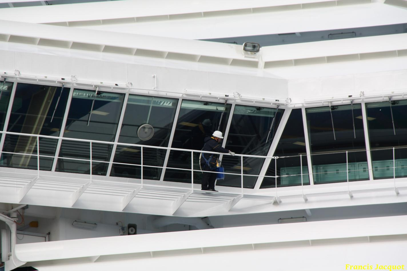 Le Costa Magica en escale à La Seyne sur Mer 0812