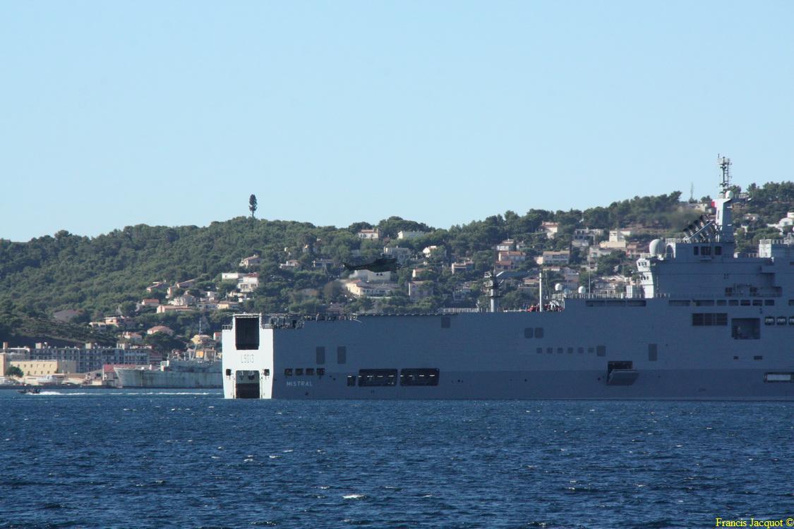 [LES PORTS MILITAIRES DE MÉTROPOLE] Mouvements de Bâtiments dans la rade de Toulon - Page 2 0818
