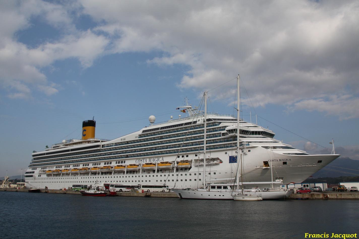 Le Costa Magica en escale à La Seyne sur Mer 1011