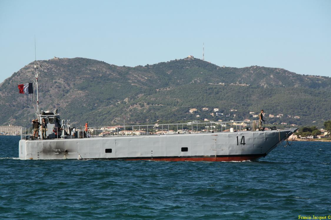 [Les ports militaires de métropole] Port de Toulon - TOME 1 - Page 2 319