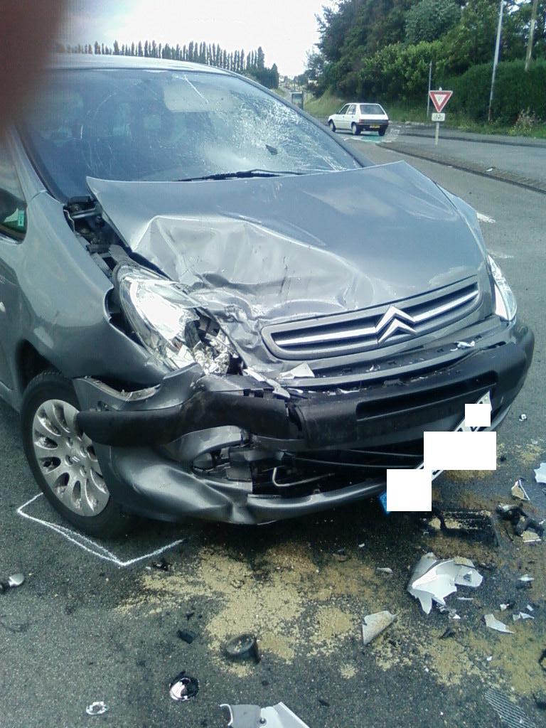 xantia accident+ photo 406. Sp_a0110