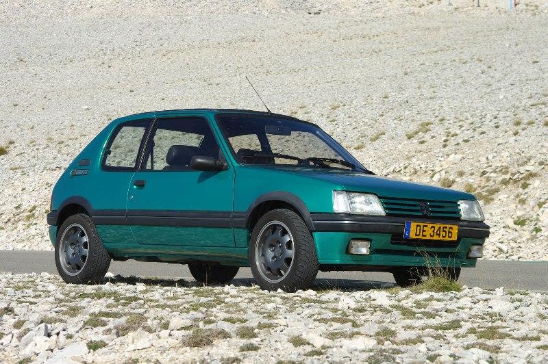[LUX] 205 GTi Griffe - 122cv - AM91 - Vert Fluorite - N°1072/1652 Imgp8811