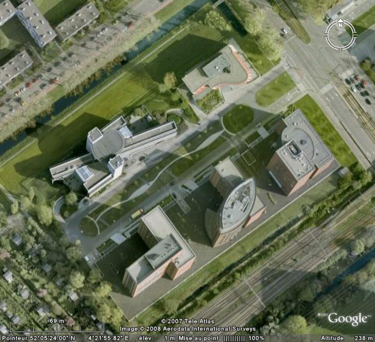 Mélange de formes à La Haye - Pays-Bas / NL Nl10