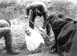 Lapidaciones en Irán Lapida10
