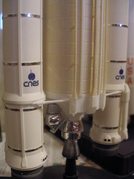 maquette ATV - Page 2 Ariane10
