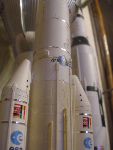 maquette ATV - Page 2 Ariane11