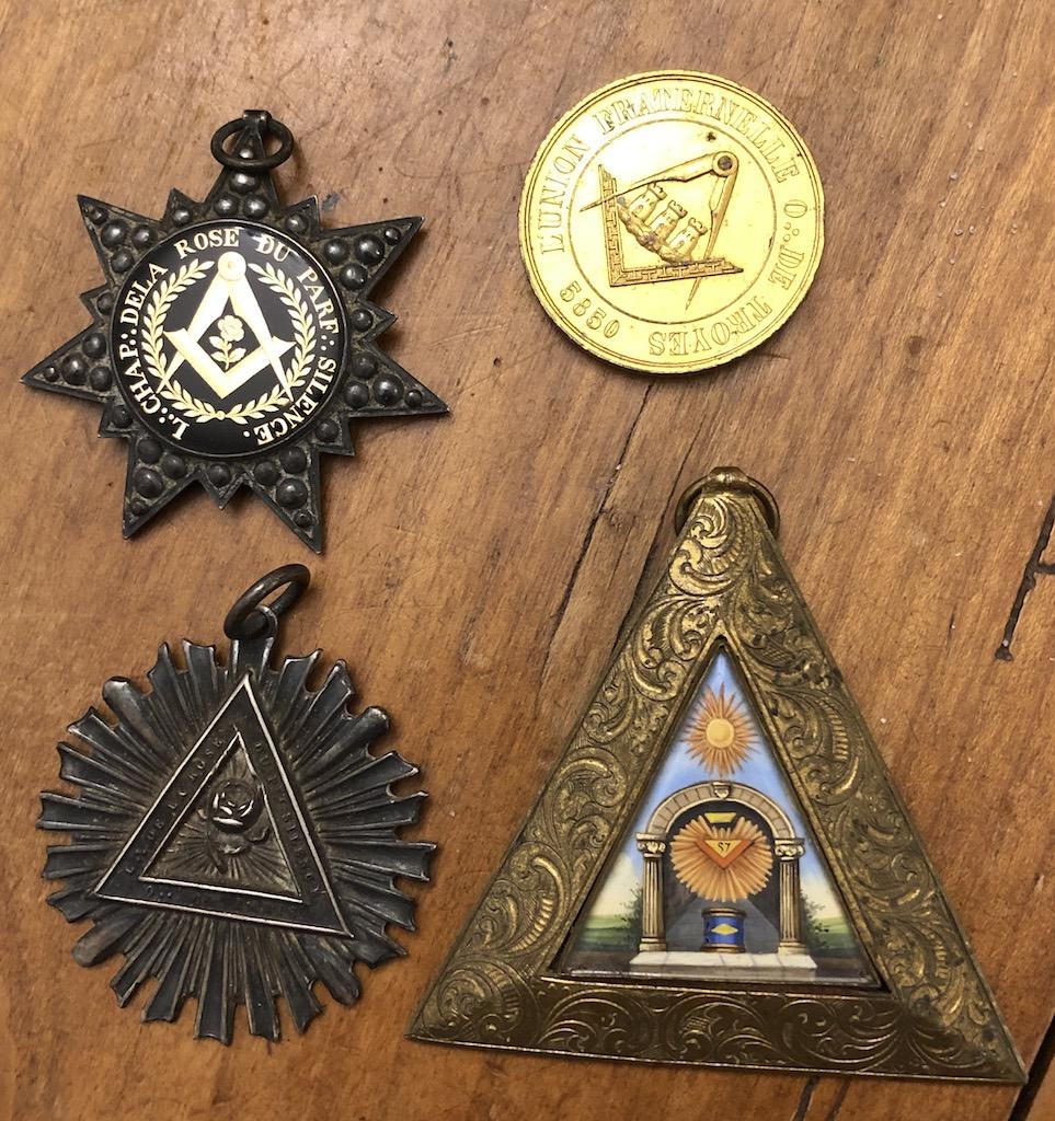 médailles françaises restauration franc maçon Img_9211