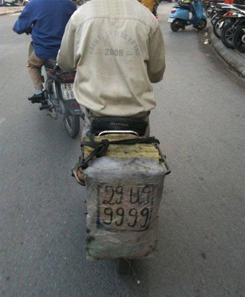 Biển số xe 'siêu độc' chỉ có ở Việt Nam Ddd7bb10