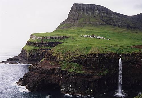 Les îles Féroé Ils_fe11